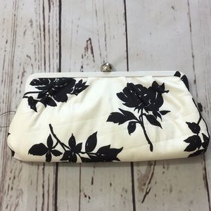 3 for $25| Banana Republic Floral Clutch